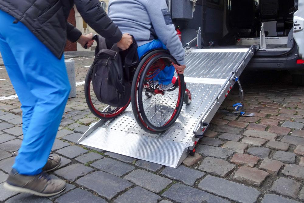 Transporte en silla de ruedas Orlando